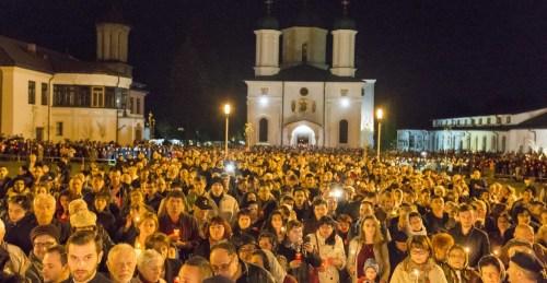 Slujba-Învierii-Râmnicu-Vâlcea-2
