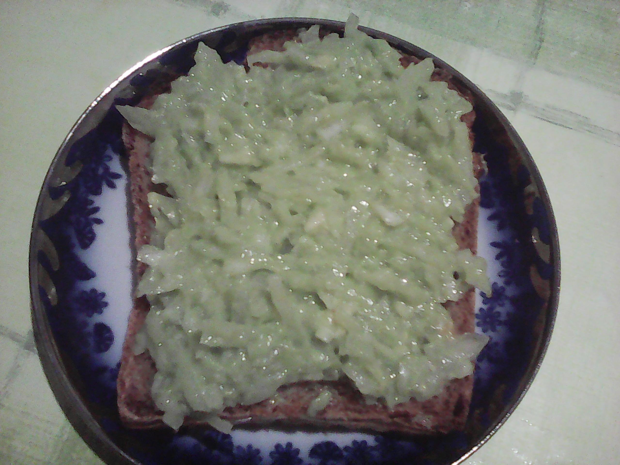 paine-cu-avocado